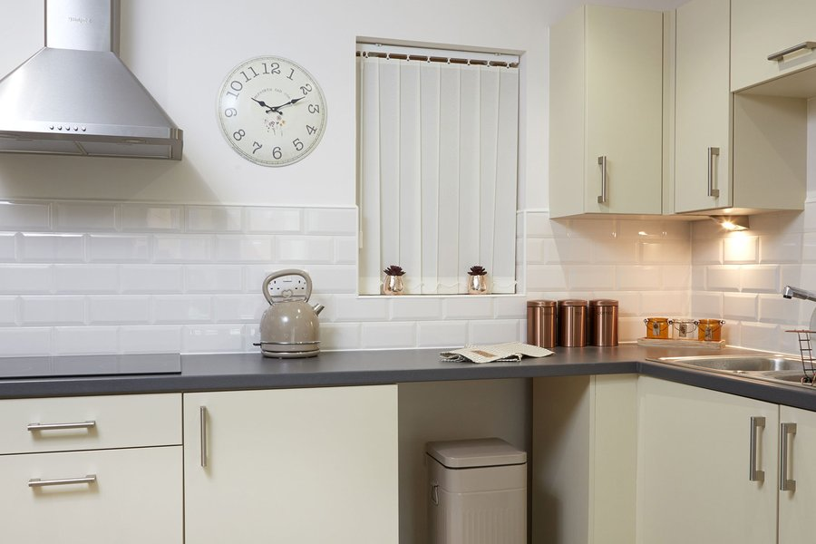A combination of Johnson Tiles products helped promote a calming ambience at the Maple West Retirement Living Apartments in Chell, Staffordshire. Urbanique in Stone and Honey, Natural Mosaics, Country Stones in Barley Cream, and Bevel Brick in Cream and White complemented the clean and contemporary kitchen and bathroom environments created for residents.