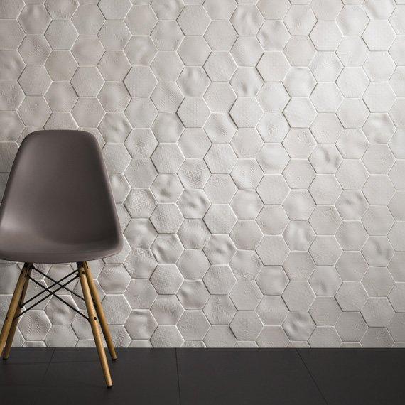 Johnson tiles absolute collection selene for Carrelage mural hexagonal